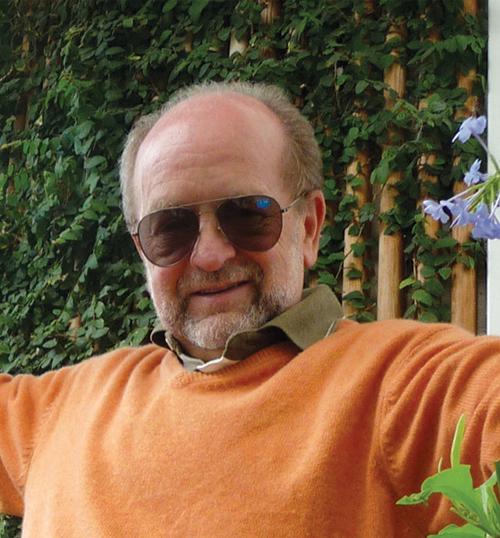 Valerian E. KAGAN